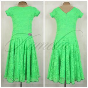 Платье Rt гипюр стрейч зеленый р38