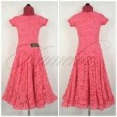 Платье Rt гипюр темно розовый р34